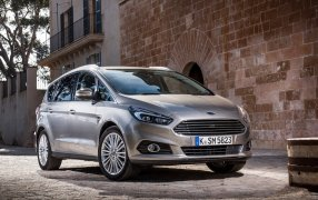 Ford S-Max Type 2